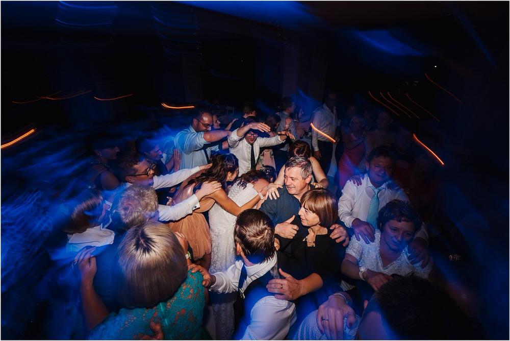 tri lučke poroka poročni fotograf fotografiranje intimna poroka zaroka krško posavje dolenjska novo mesto nika grega rustikalna romantična vintage wedding slovenia photography 0101.jpg