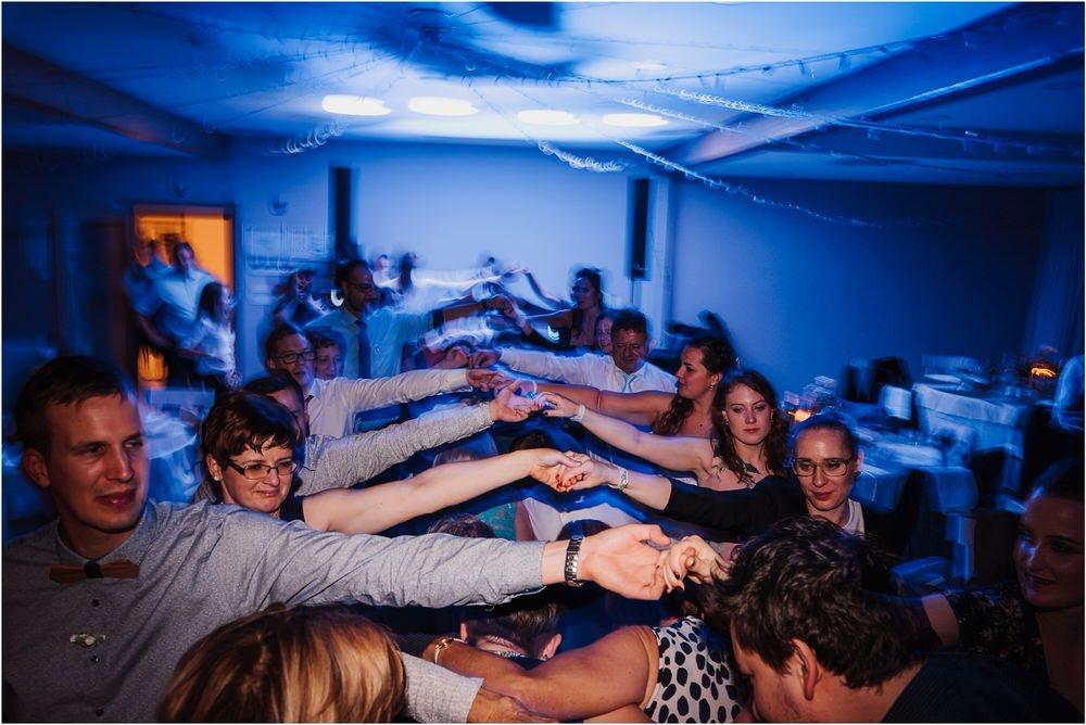 tri lučke poroka poročni fotograf fotografiranje intimna poroka zaroka krško posavje dolenjska novo mesto nika grega rustikalna romantična vintage wedding slovenia photography 0102.jpg