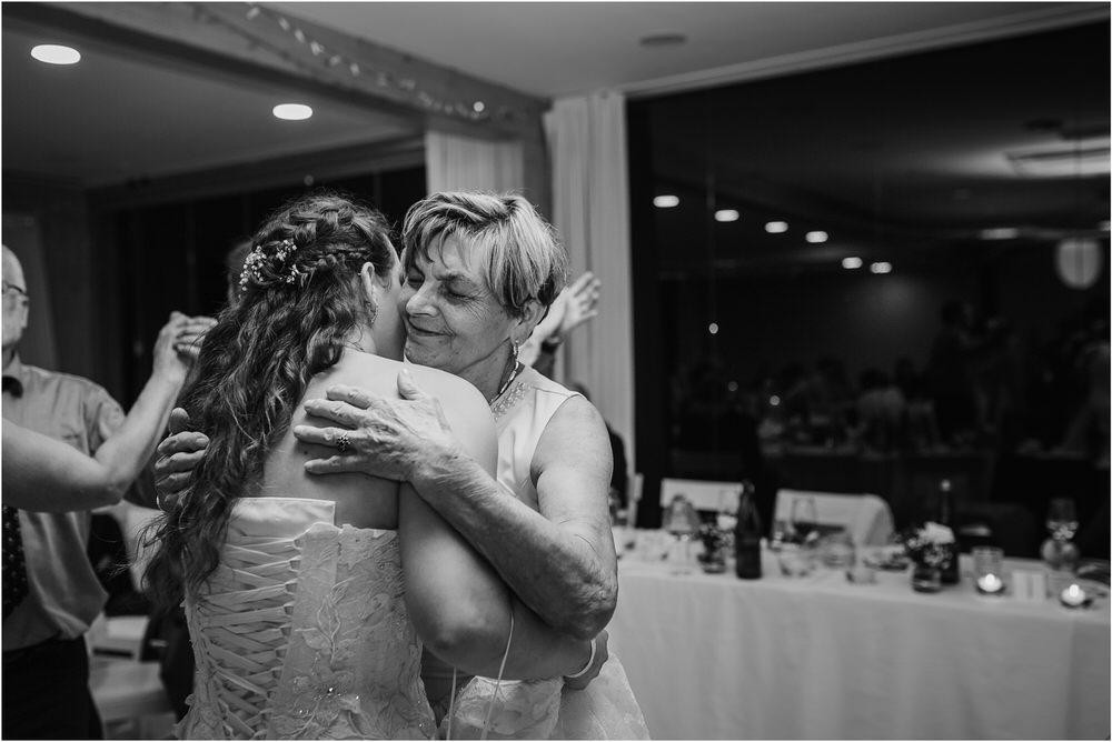 tri lučke poroka poročni fotograf fotografiranje intimna poroka zaroka krško posavje dolenjska novo mesto nika grega rustikalna romantična vintage wedding slovenia photography 0103.jpg