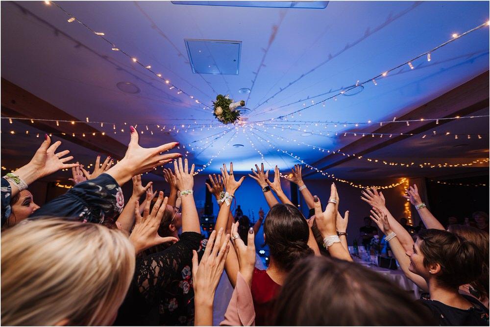 tri lučke poroka poročni fotograf fotografiranje intimna poroka zaroka krško posavje dolenjska novo mesto nika grega rustikalna romantična vintage wedding slovenia photography 0111.jpg
