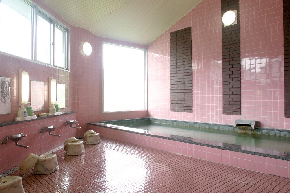 栂之木莊飯店 浴場.jpg