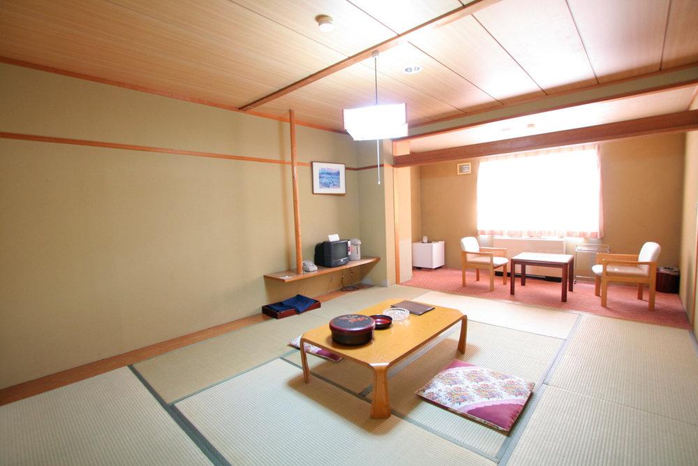 栂池高原酒店 本館和室.jpg