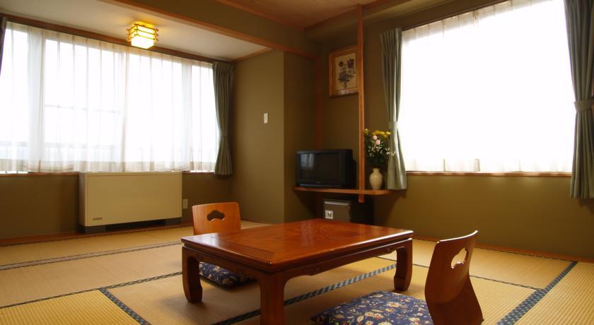 Central Inn Hakuba-6.jpg