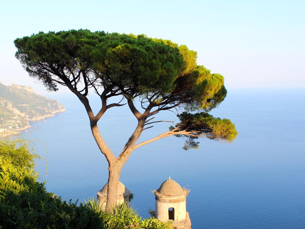 Blick auf die Amalfiküste vom Standort Ravello