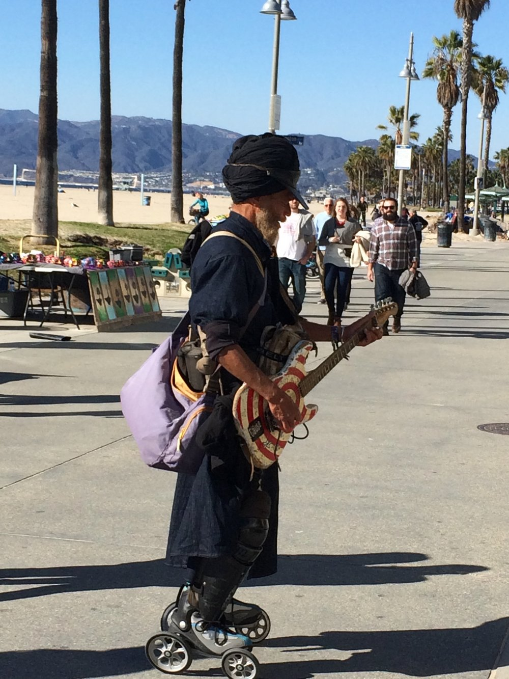 Harry Perry - Guitar Legend of Venice Beach - he is great