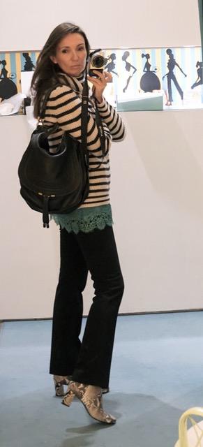 Schuhe: SchoShoes, Hose: lala Berlin, Top: GRAZIA'LLIANI, Tasche: Chloe, Pullover: 360Cashmere