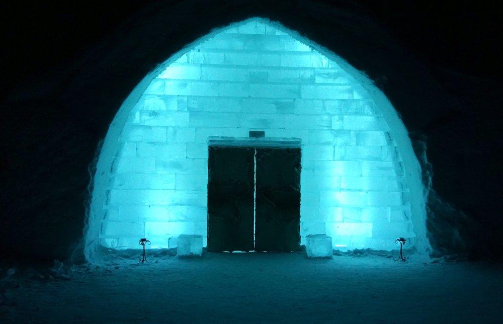 Eingang zum ICEHOTEL.
