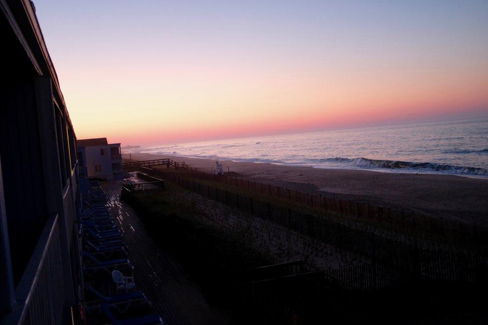Montauk kann Sonnenaufgang. Und der Jetlag hat manchmal auch seine Vorteile. Kein Filter, nur Montauk, morgens um 5.25 Uhr.