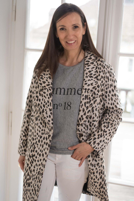 BeFifty Blog für Frauen über 50 Fashion DAWN Hose Outfit Sommer Weiße Hose