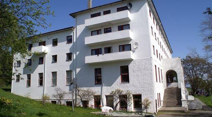 Harstad Trondenes Folkehøgskole/Sommerhotell