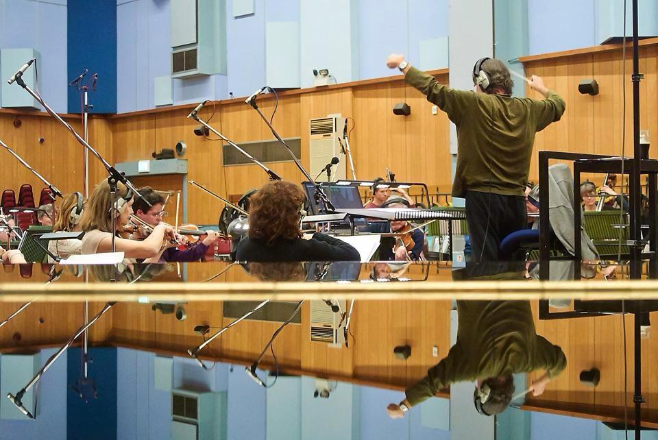 2014 conducting 1.jpg