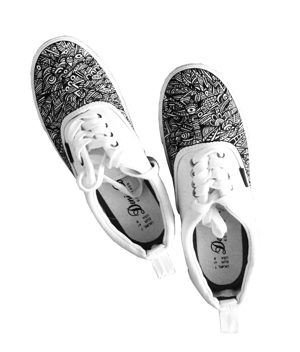 Do love me? Wear my kicks!! #1