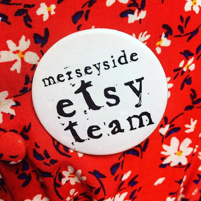 Off to the @merseyetsyteam meet up today! So nice to have a break from staring at my mac 💻 and talk to actually lovely people 👯‍♀️ (instead of my cats!) it's also really useful too! #merseyetsyteam