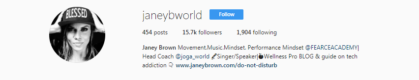@janeybworld  is a JOGA certified fitness micro-influencer.