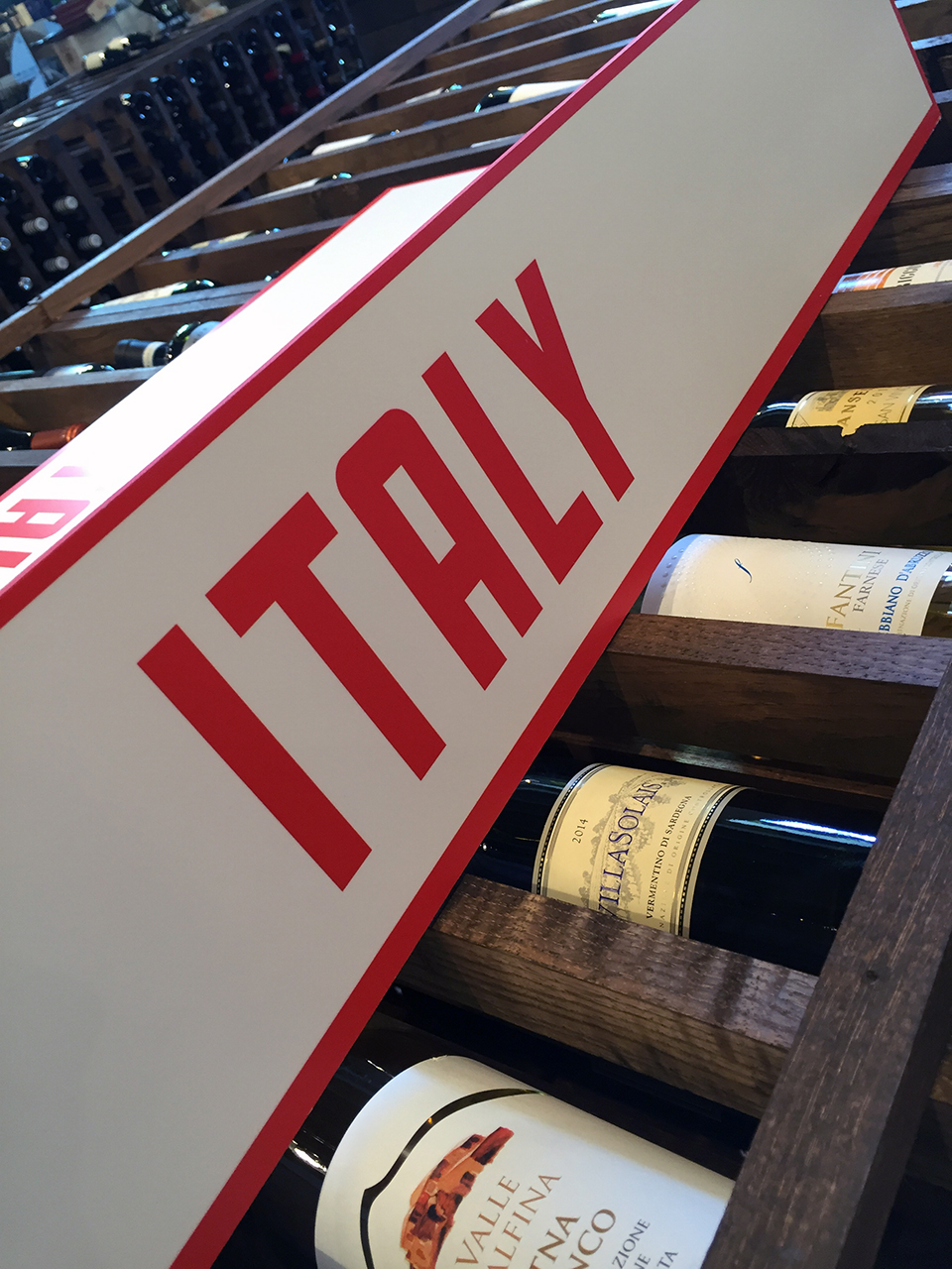 WineSign-2Lo.jpg