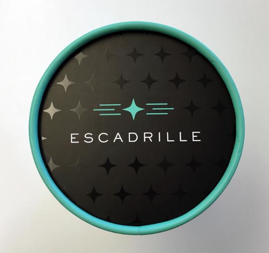Escadrille package design typography