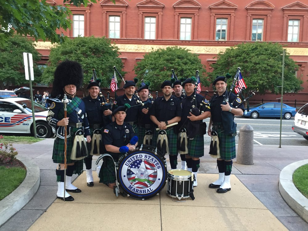 U.S. Marshal's Pipe Band Honors Robert Forsyth