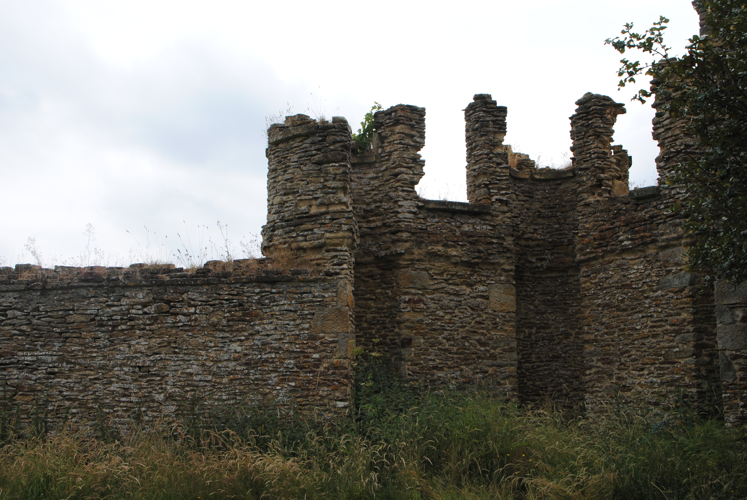 The crumbling walls along the southern perimeter add a bit of Gothic grandeur.