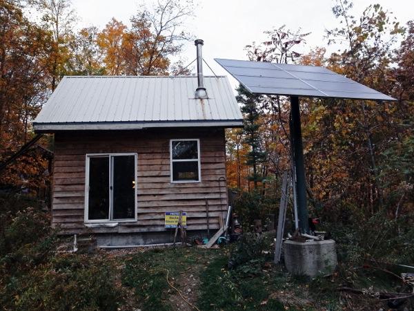 off-grid-solar-tiny-cabin.jpg