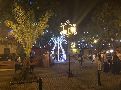 Plaza de San Diego by night