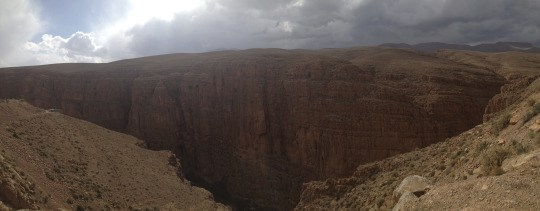 A glimpse of one of the many canyons scattered throughout the Valley