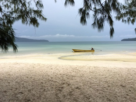 A view of the Koh Rong Sanloem beach from the bungalows