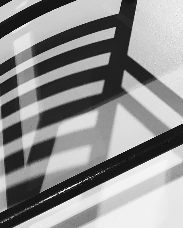 Shadows of Rennie Mackintosh chairs at the amazing #lighthouse in #glasgow . . . . . #glasgowart #charlesrenniemackintosh #chairs #shadowhunters #shadows #monochrome #composition