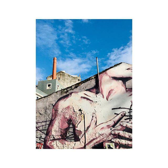 Lisbon layering . . . . . #lisbon #lisbonportugal #graffitiart #contrast #blueskies #instadaily