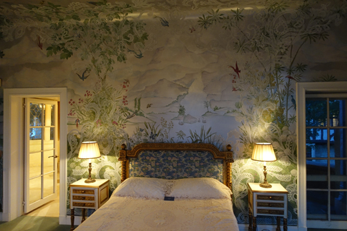 Mai's Bedroom with extravagant handpainted bird themed wallpaper
