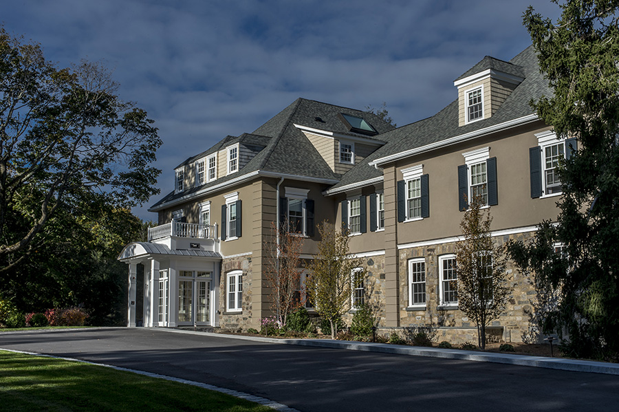 Chestnut_Hill_Center2.jpg