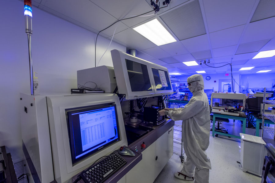 PerkinElmer_Hopkinton_Clean_Room_Laboratory2.jpg