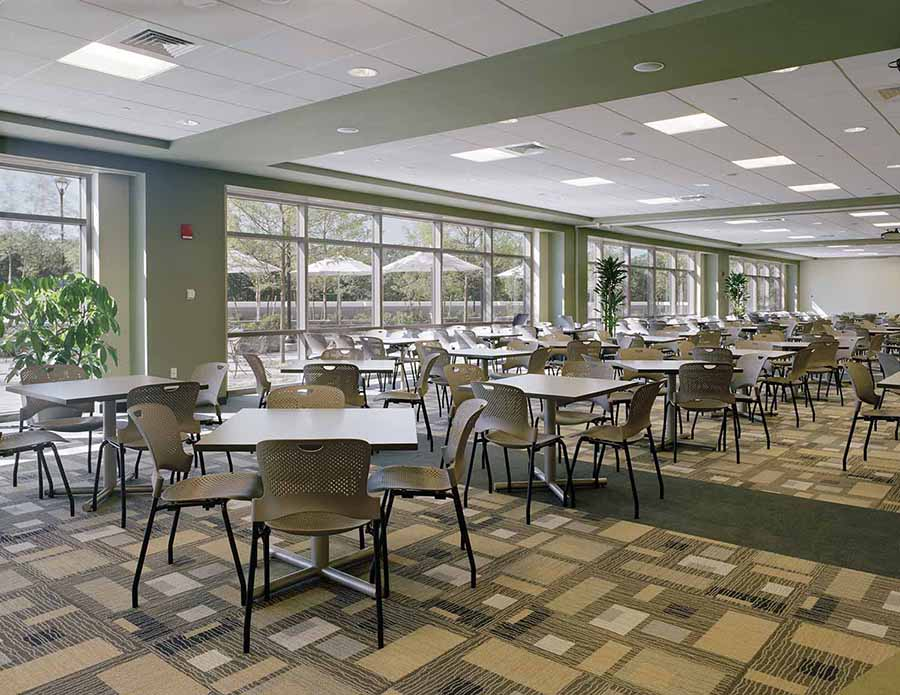 Liberty_Mutual_Dover_Cafeteria.jpg