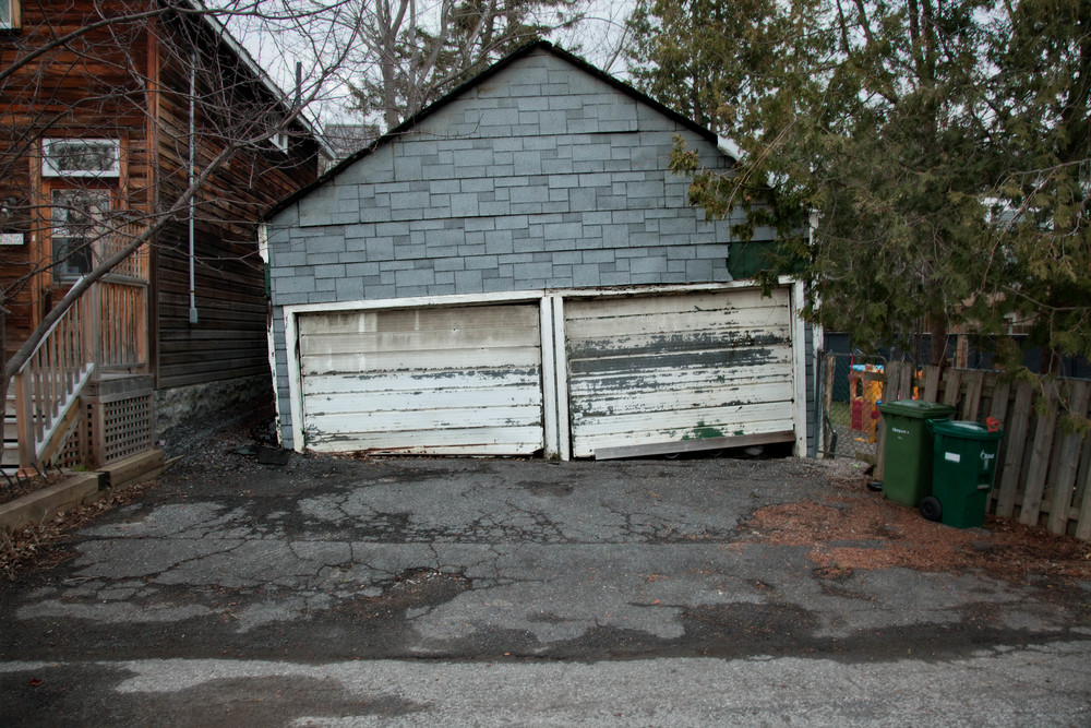 Garage no.2.jpg