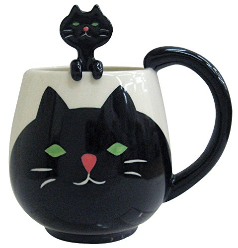 This is not just for the cat lover! The way the little kitty spoon peaks out is adorable, but there are other versions (my favorite is the panda!).