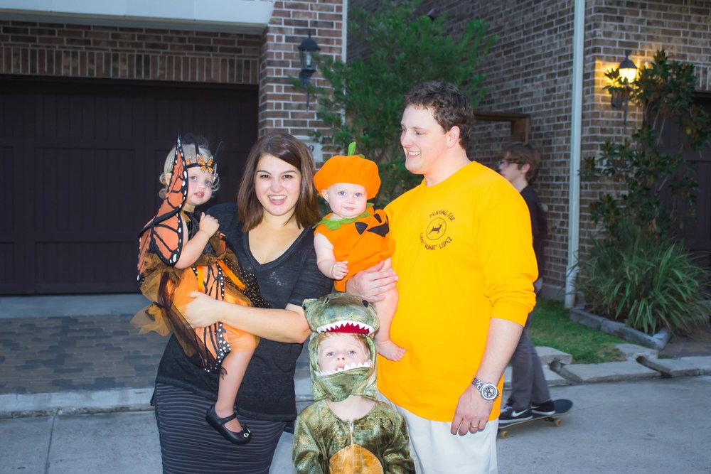 Halloween Family 3.jpg