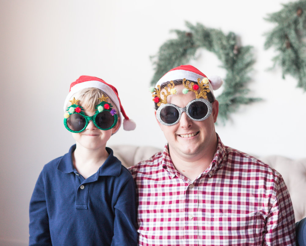 How to get a great Family Christmas picture - embrace the unpredictable and have fun!