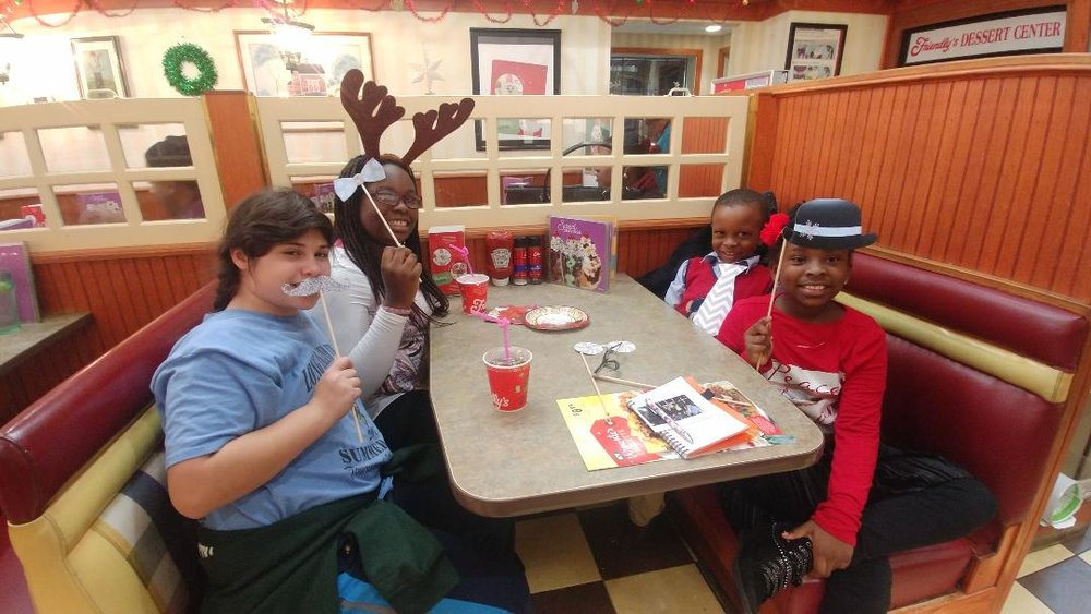 FamilyFunNight-Friendlys2017#26.jpg