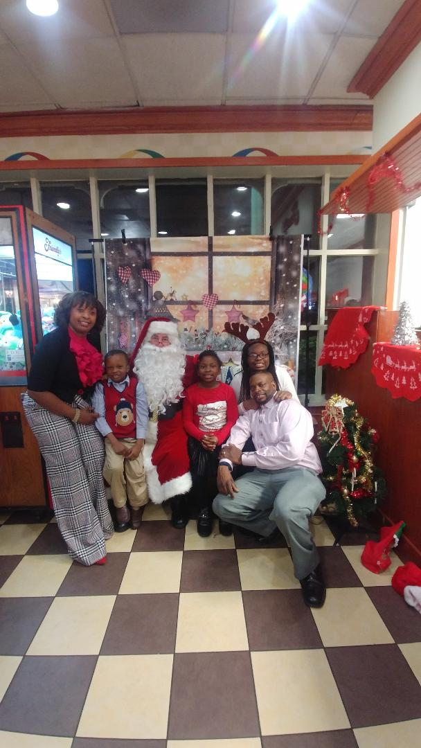 FamilyFunNight-Friendlys2017#25.jpg