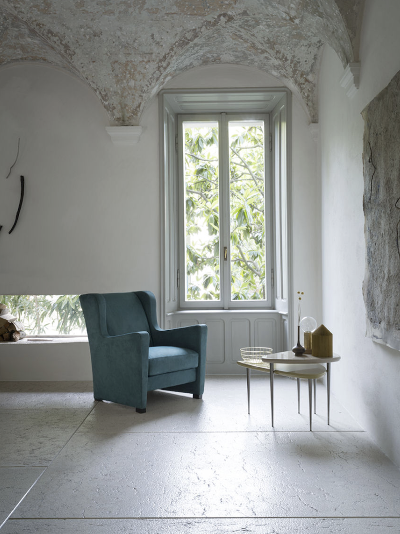 AMC 126 Italian Lounge Chair