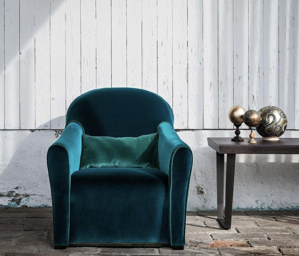 AMC 113 Italian Designer ArmchairS