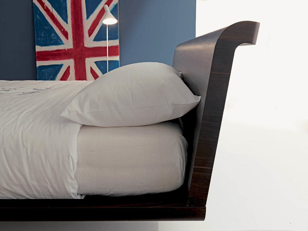 modern-italian-beds-bedroom-furniture-designer-F00015.jpg