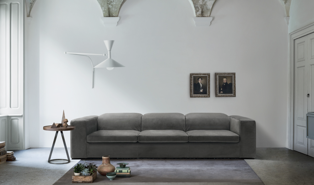 SO 43 Modern Italian Sofa