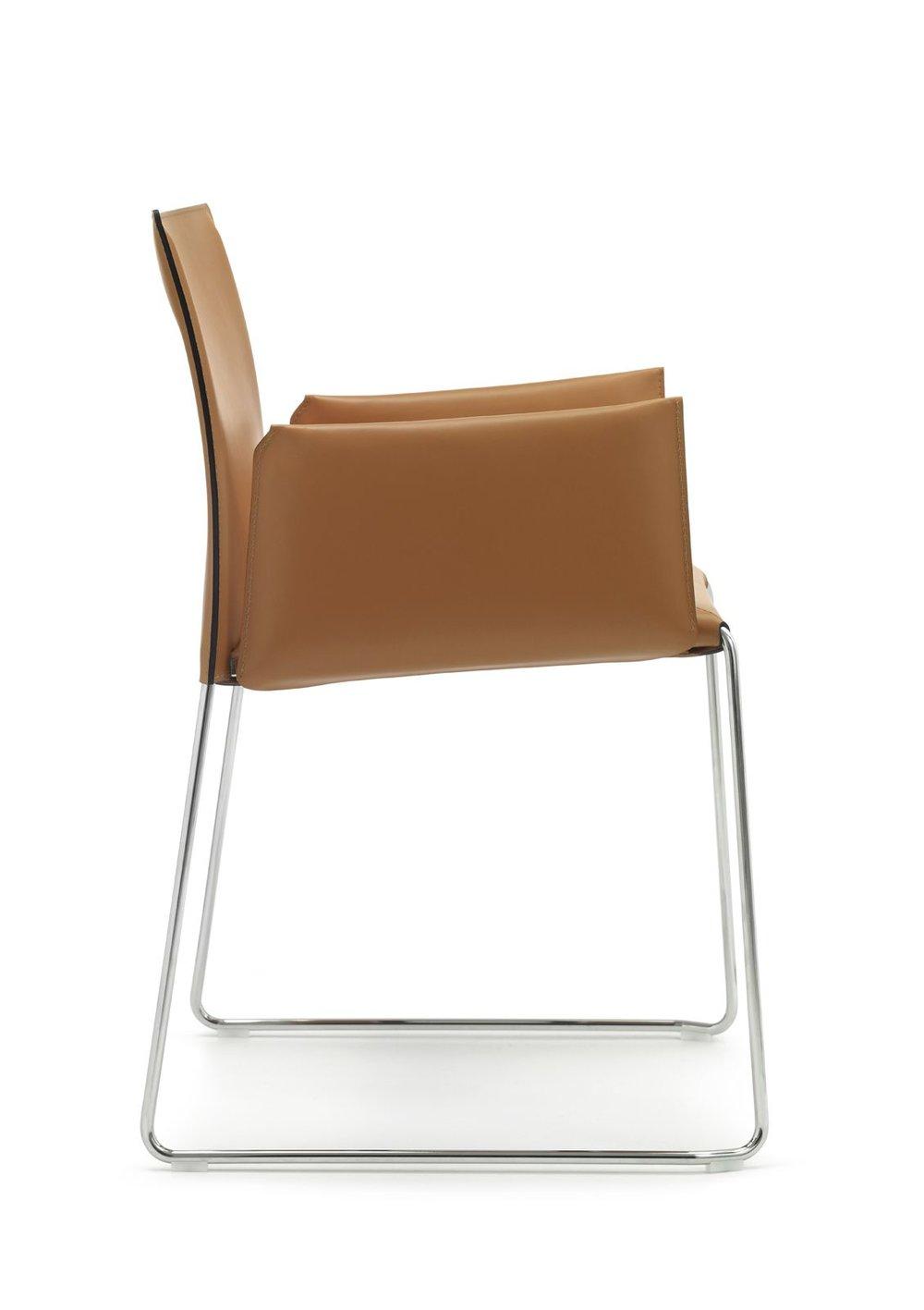 MOF 33 Modern Office Chair