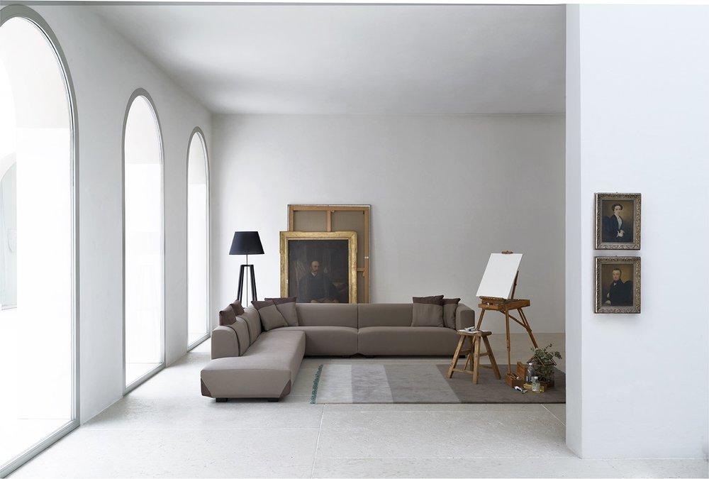 SCT 37 Italian Modern Sectional Sofa