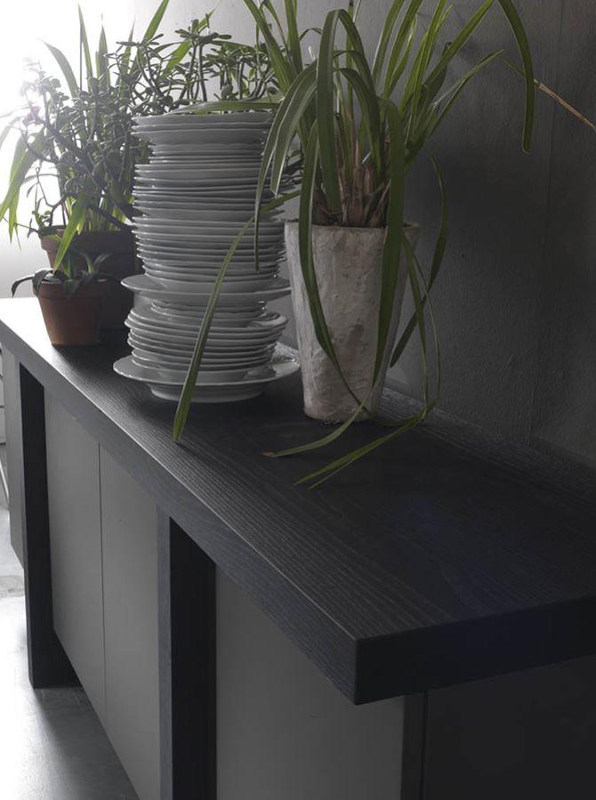 MR 06 Modern Italian Sideboards