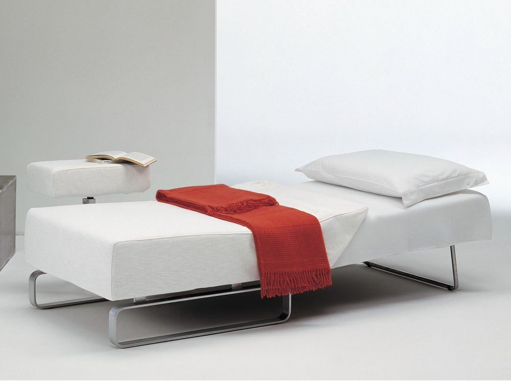 SBD 132 Amrchair Bed