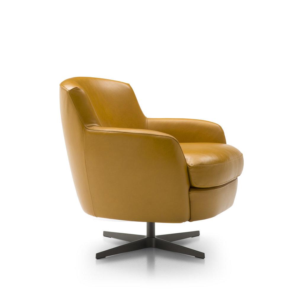 AMC 105 Italian Modern Lounge Chairs