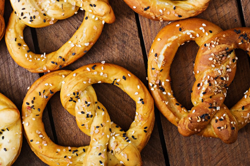 OLD FASHIONED PRETZELS