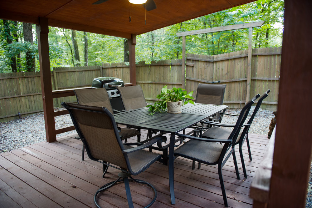 Back deck - Dining Table.jpg.jpg