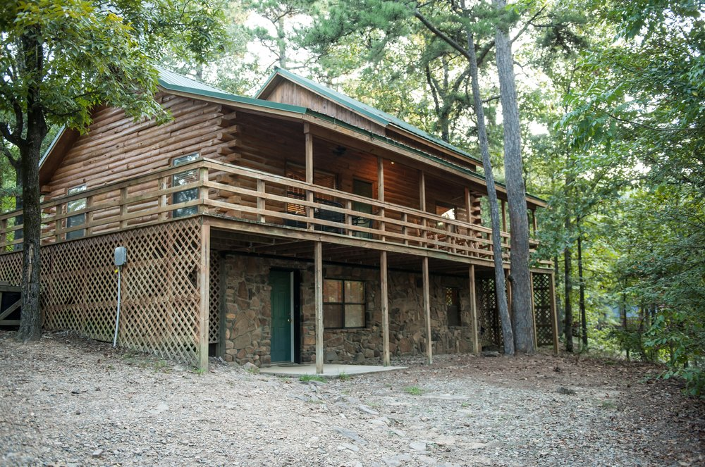 2 big Front View of Cabin.jpg.jpg